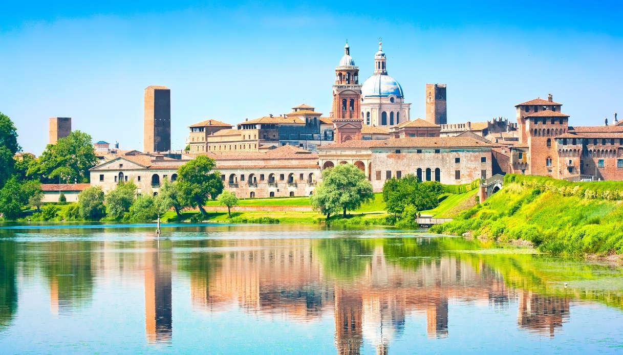 Vista della città di Mantova